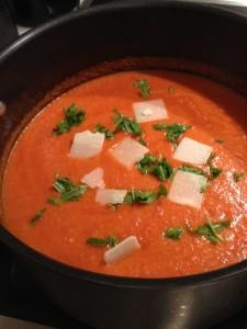 Roasted tomatoe soup IMG_4858