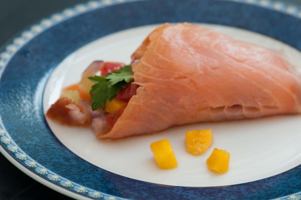 0902 fresh and fruity vegetable starter w salmon-8299