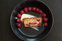 Passionate Raspberry Cake w Cheese Cake Creme