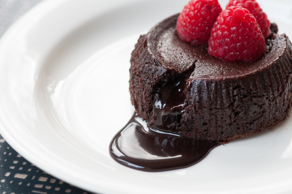 151111 raspberry chocolate fondant-9361